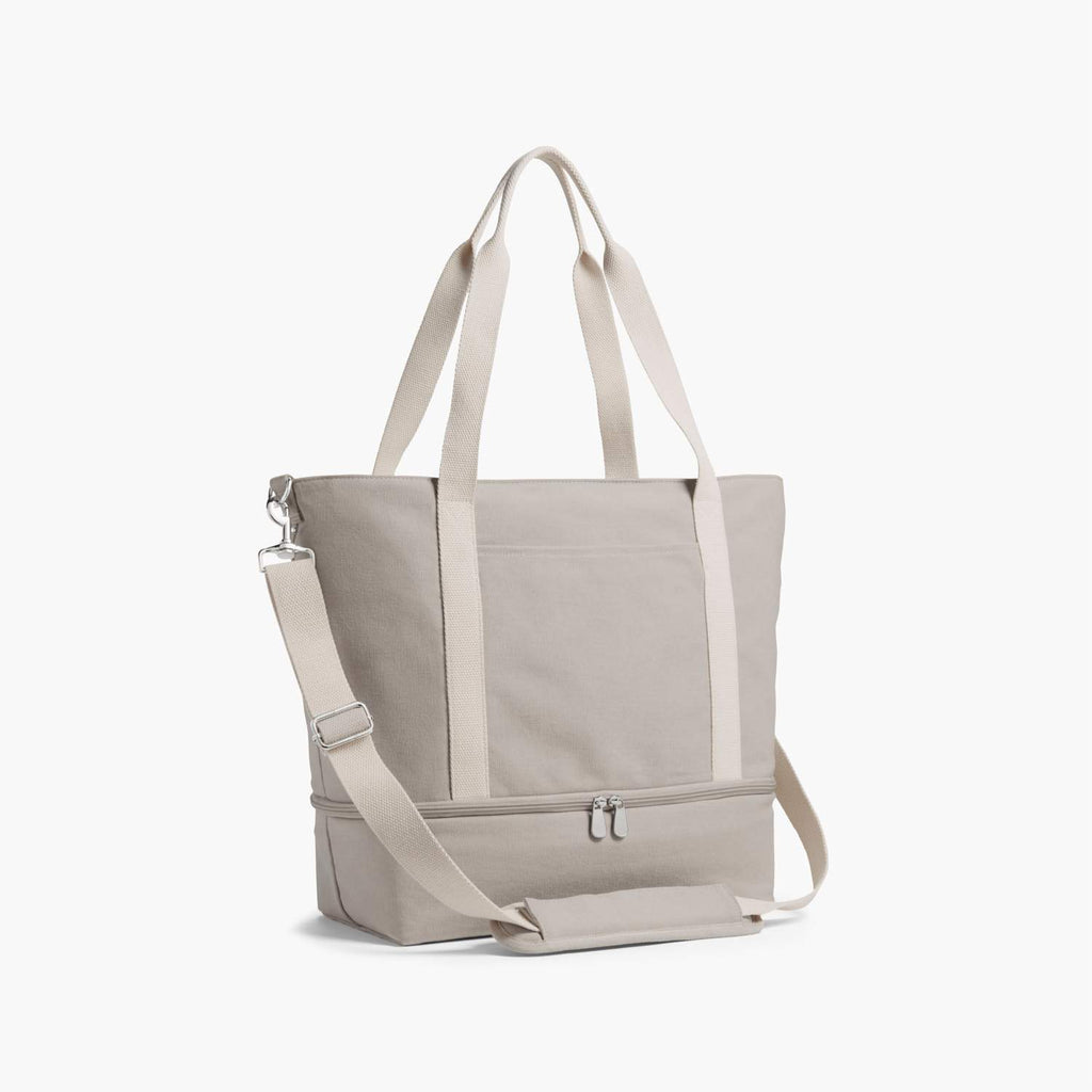 The Lo and Sons Catalina Tote travel product recommended by Kira Brereton on Lifney.