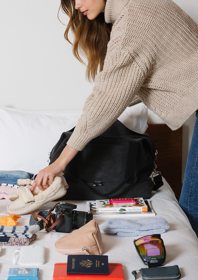 5 Light Travel Tips for the Habitual Overpacker