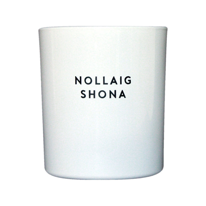 NOLLAIG SHONA (WHITE + BLACK)