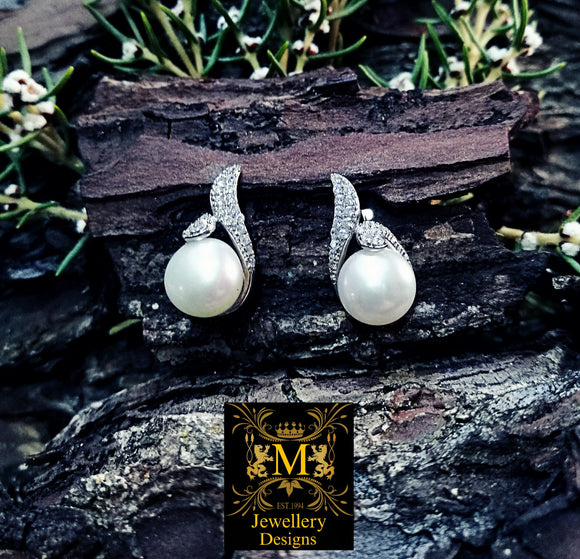 Beautiful high lustre cultured Pearl earrings