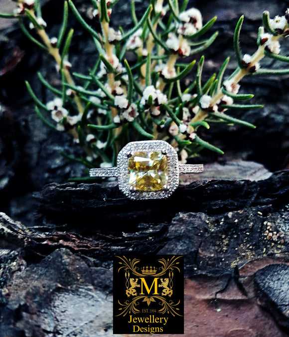 Frida the Citrine and Diamond ring.