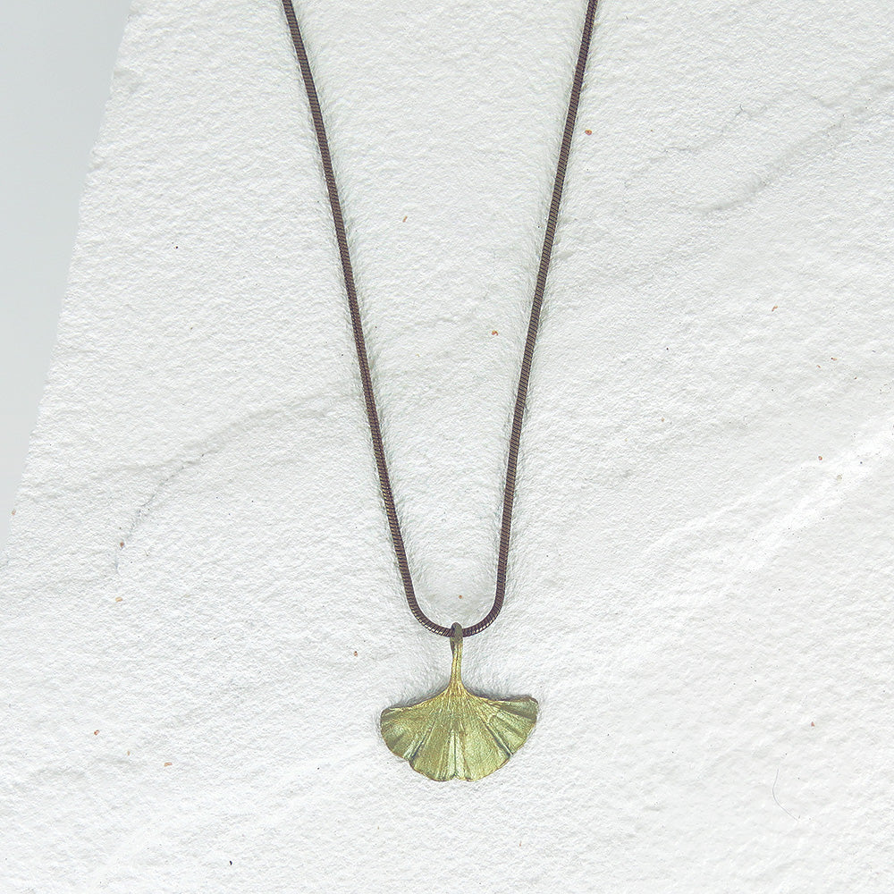 GINGKO SINGLE LEAF PENDANT