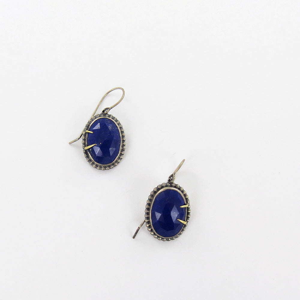 LAPIS GOLD PRONGED EARRINGS