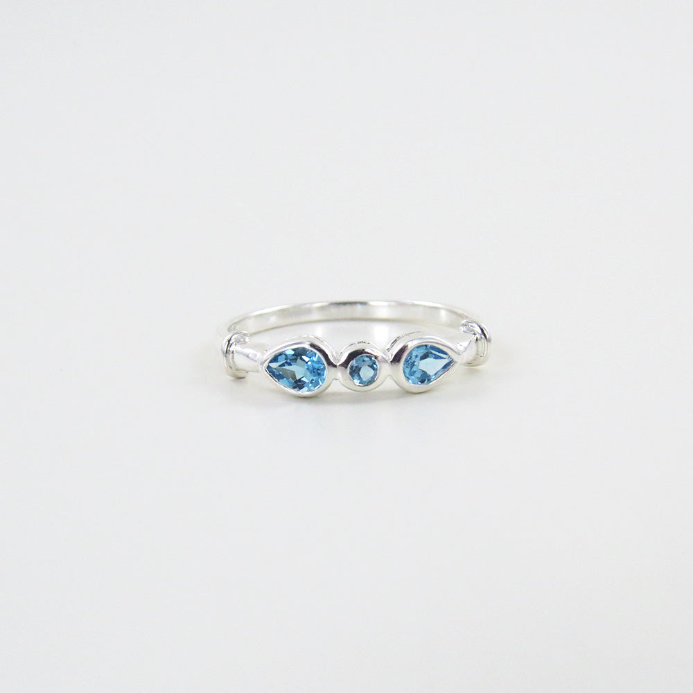STERLING SILVER RING THREE SWISS BLUE TOPAZ RING