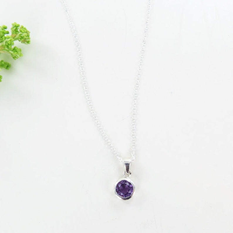 6.5 MM AMETHYST BEZEL SET DOT PND ON CHAIN