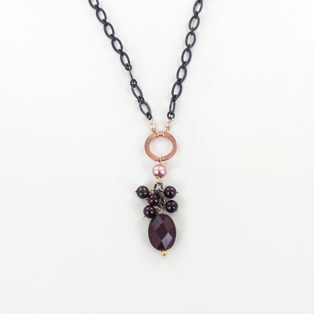ROSE CLUSTER NECKLACE