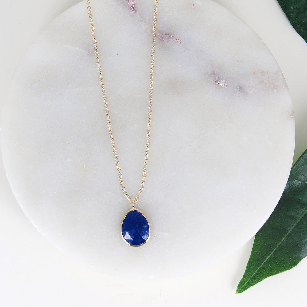 LAPIS SLICE SET IN GOLD NECKLACE