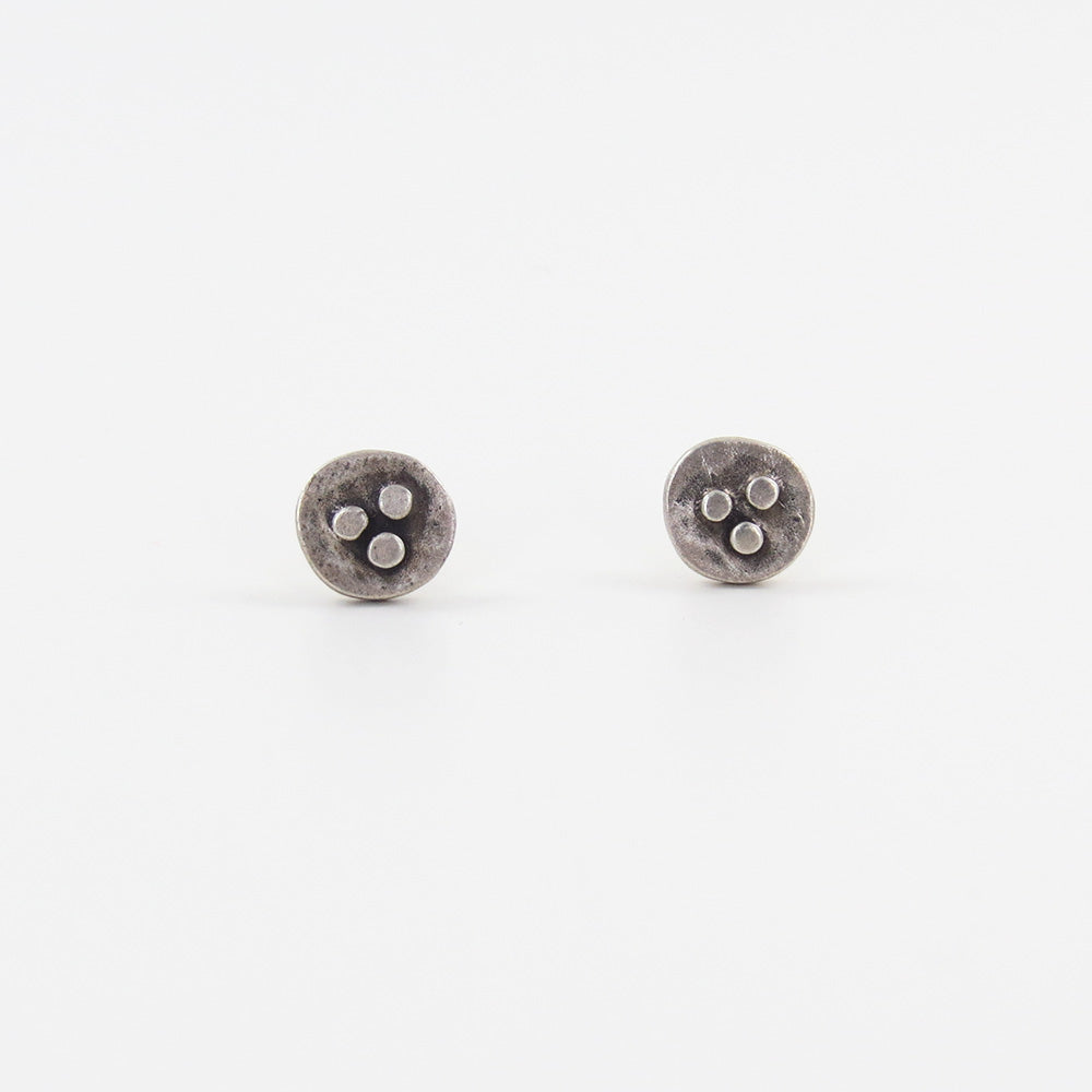 SMALL SILVER BUD STUD EARRINGS