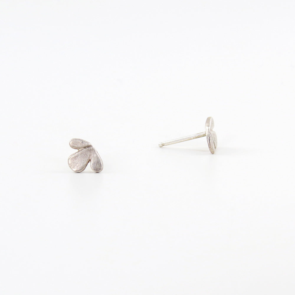 LEAF TRIO STUDS EARRINGS