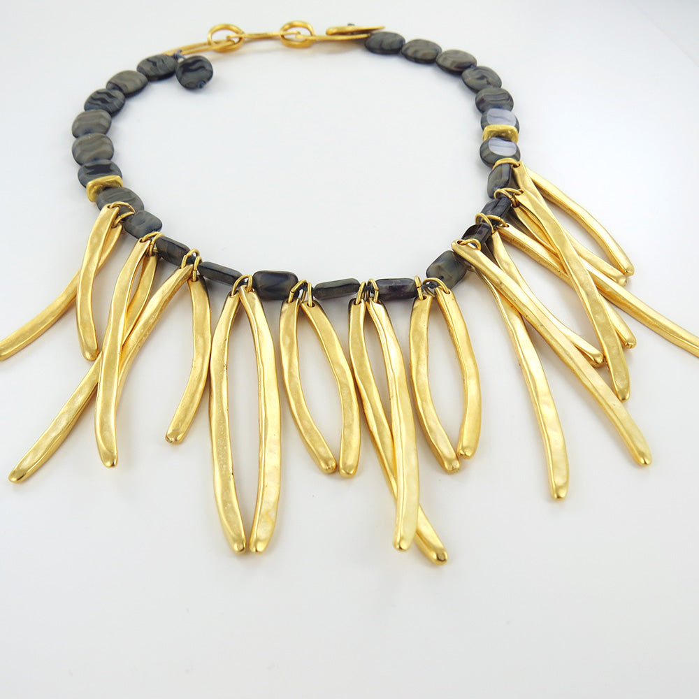 UNIDOS FRINGE NECKLACE
