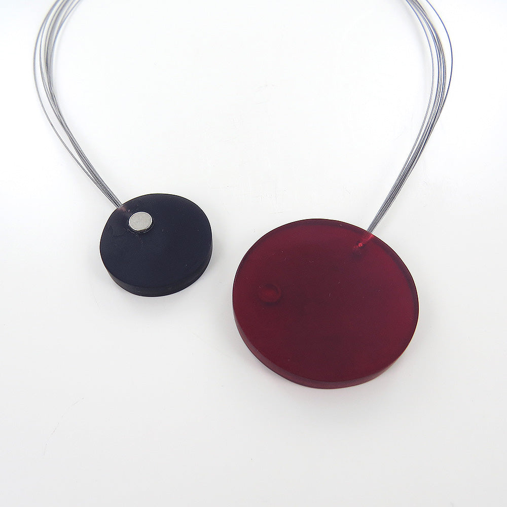 RED AND GREY LARGE MAGNETIC LOCK CIRCLES NECKLACE