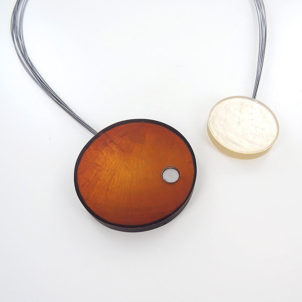 GOLD AND IVORY LARGE MAGNETIC LOCK CIRCLES NECKLACE