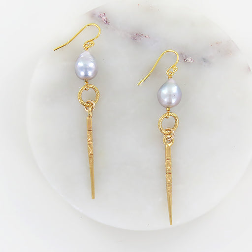 GREY PEARL AND GOLD DAGGER EARRING