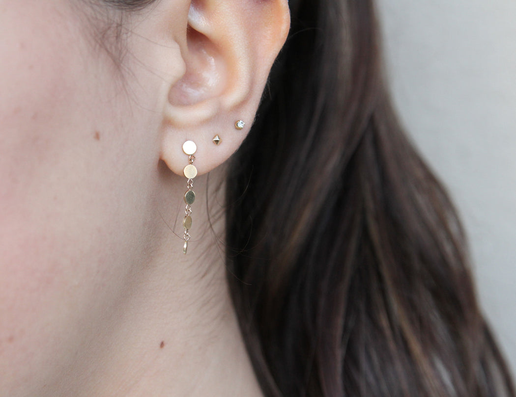 14K GOLD 5 ITTY BITTY ROUND DISC DRIP POST EARRING