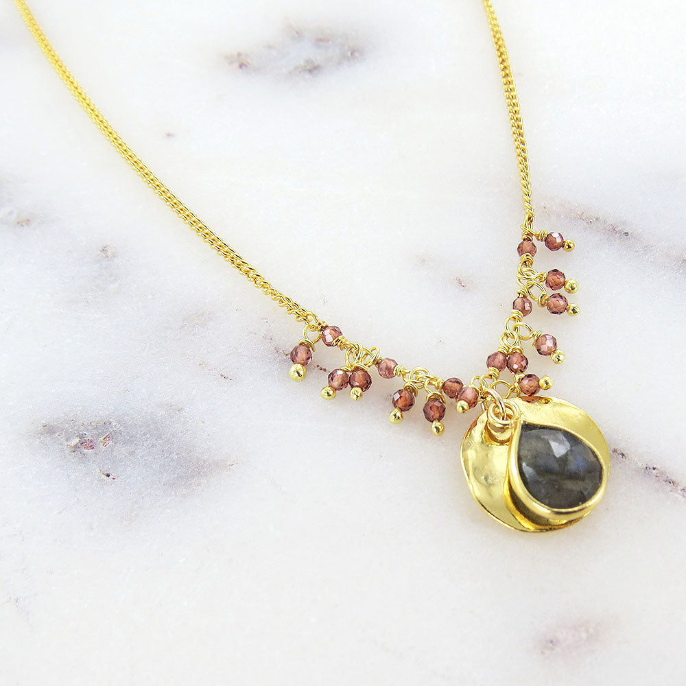 GARNET & LABRADORITE DROP SHORT NECKLACE