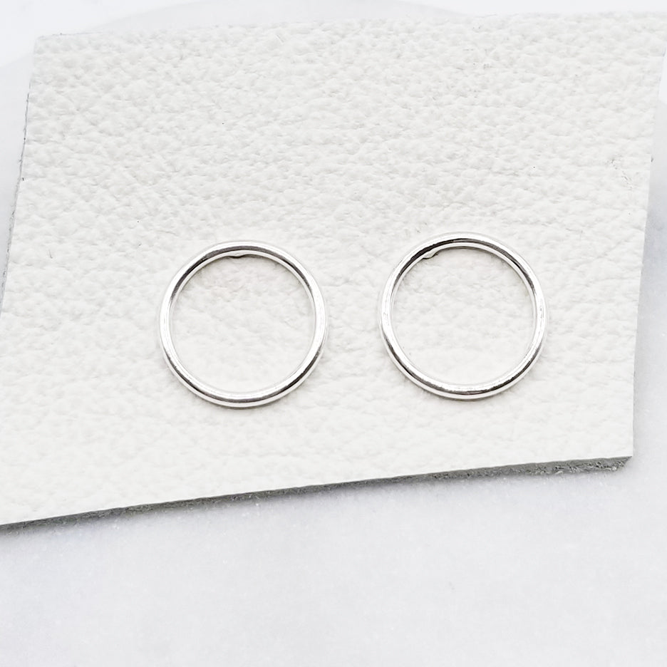 Sterling Silver Circle Stud