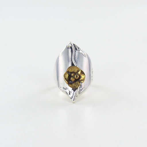 SHIELD RING WITH BRASS FLOWER