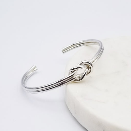 FRIENDSHIP KNOT STERLING SILVER BRACELET