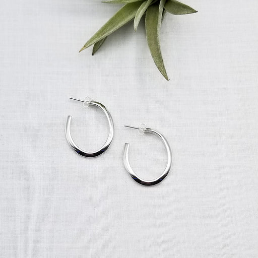 STERLING SILVER KNIFE EDGE OVAL HOOP