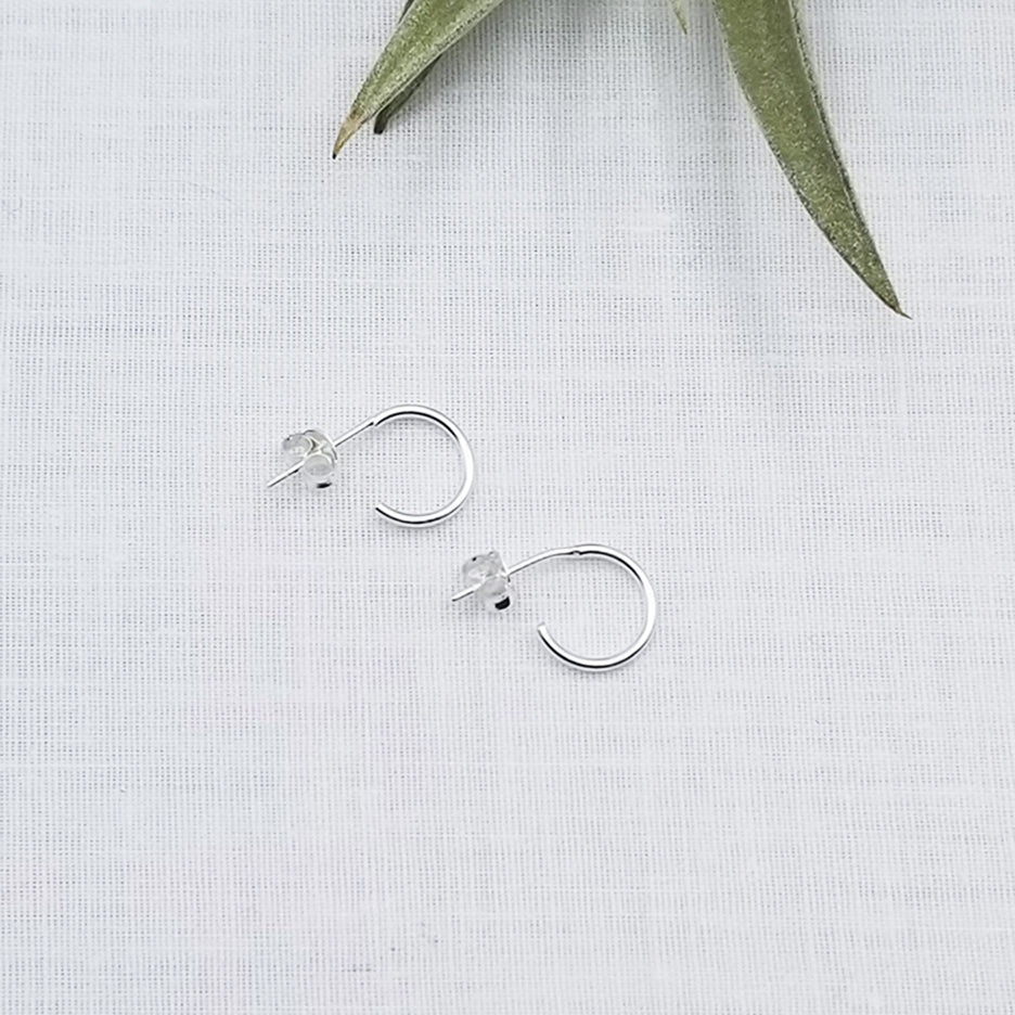 10mm STERLING SILVER HOOP