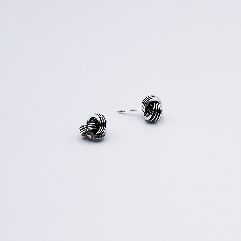 10mm OXIDIZED STERLING SILVER KNOT