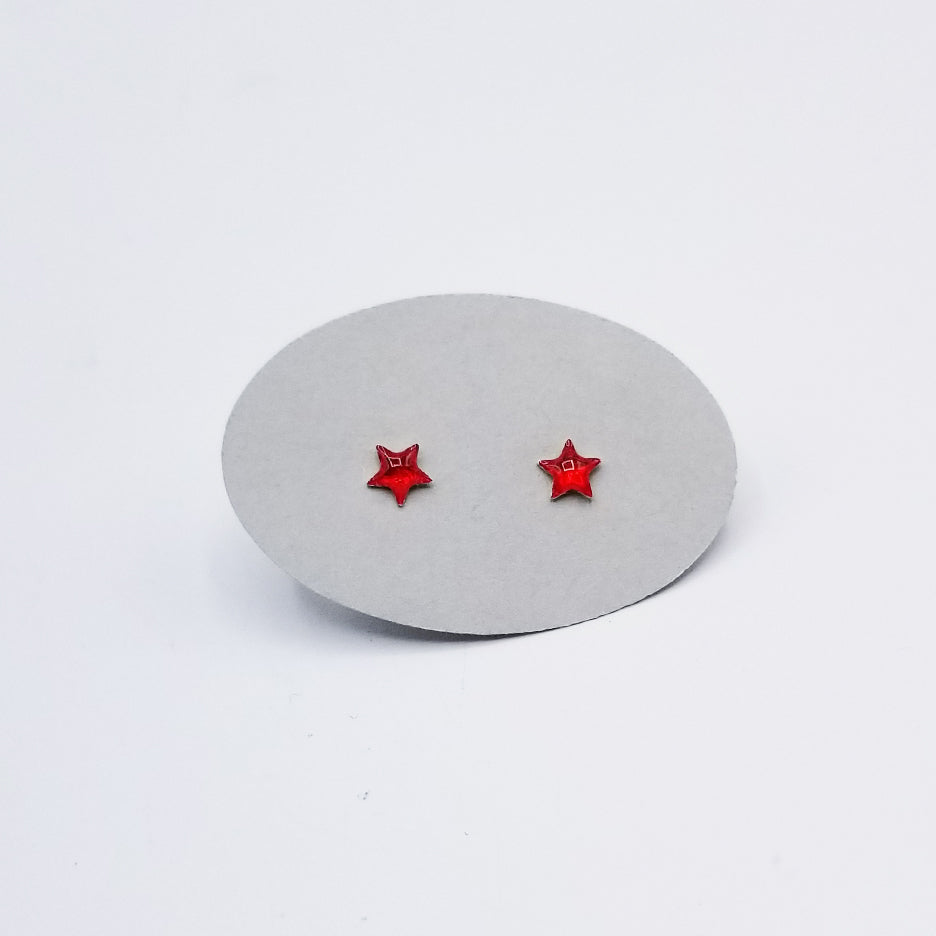SMALL RED ENAMEL STAR POST EARRING