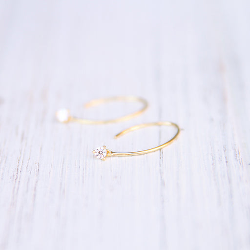 GOLD VERMEIL WIRE EARRING WITH PRONG SET CZ