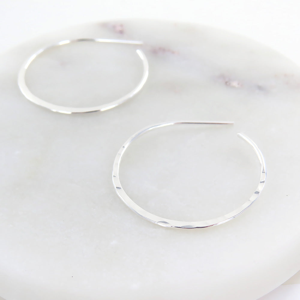 29MM THIN HAMMERED HOOP