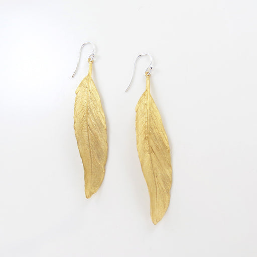 FEATHER GOLD FINISH LINEAR EARRING