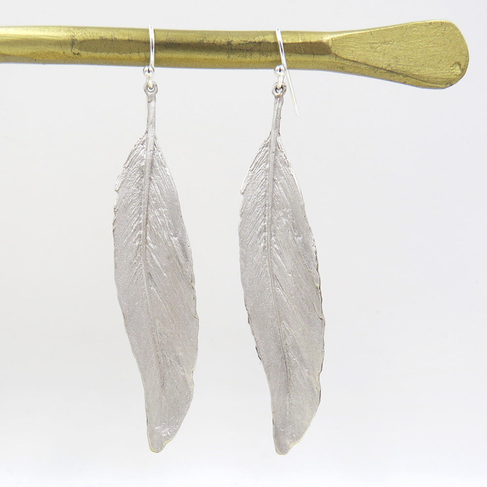FEATHER SILVER FINISH LINEAR EARRING
