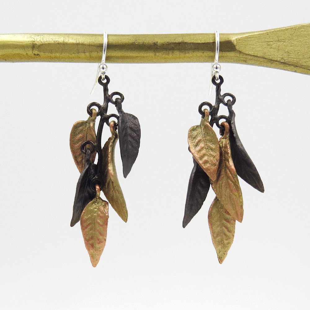 PERSIAN SHIELD FLUTTER EARRING