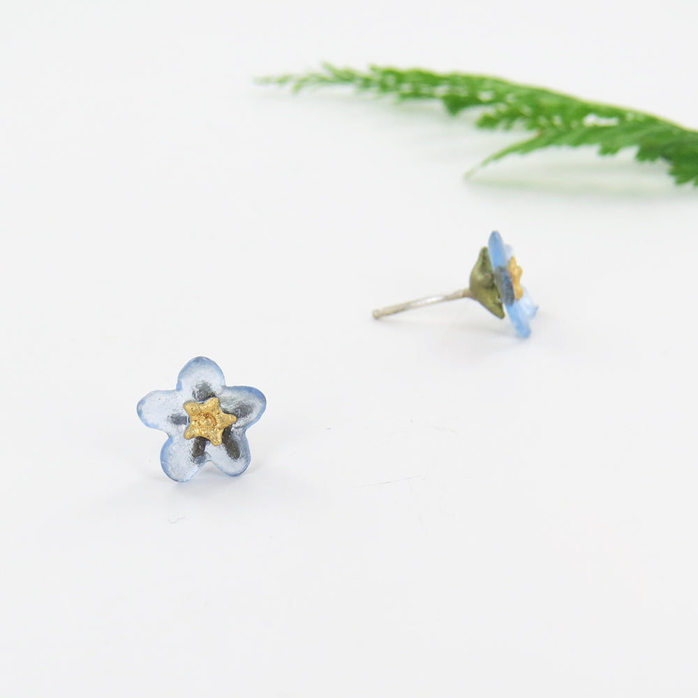 FORGET ME NOT FLOWER STUD