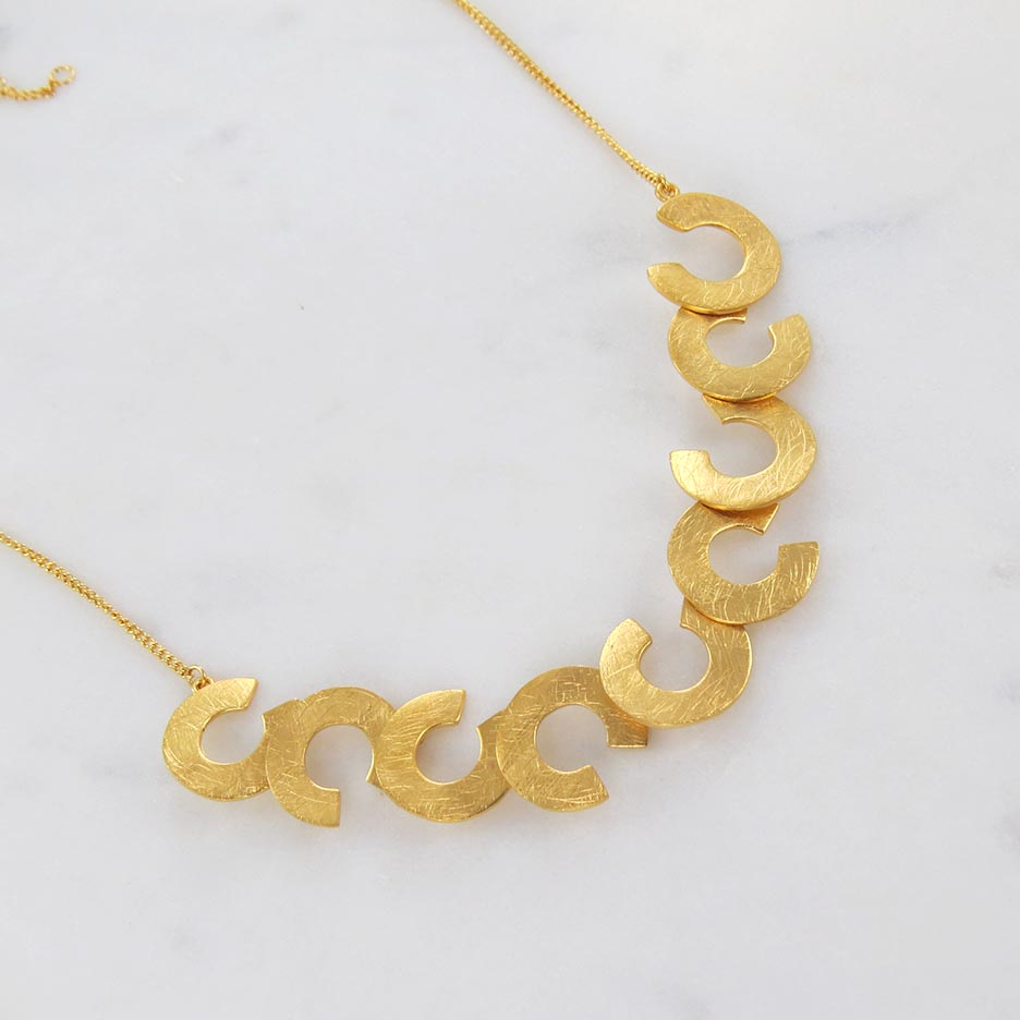 PLETORICA GOLD LARGE NECKLACE