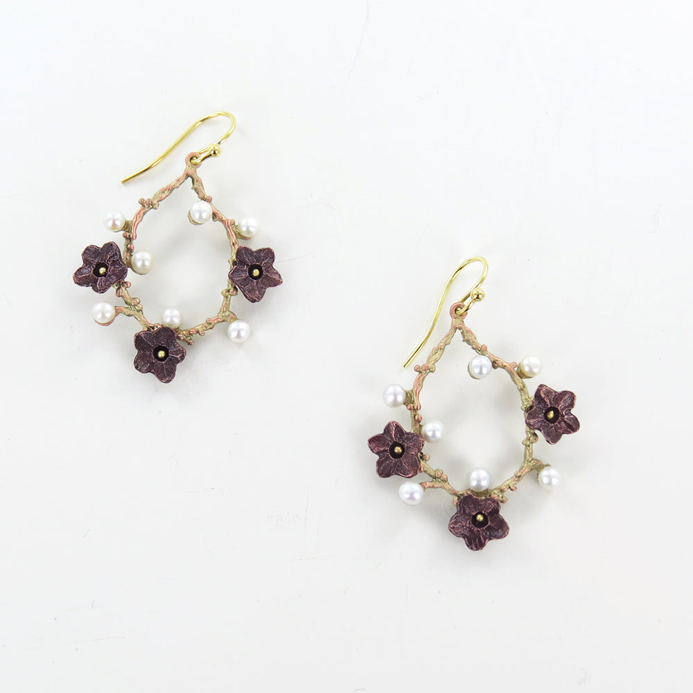 UME OVAL DANGLE WIRE EARRING