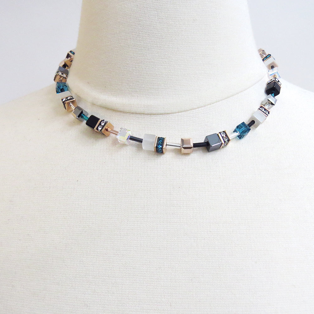 CAT EYE BLUE CUBE NECKLACE