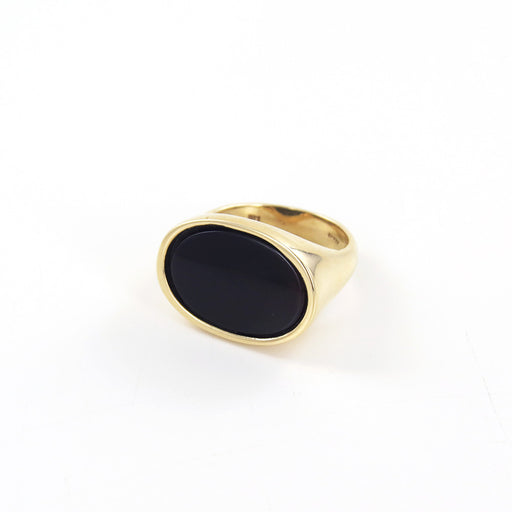 FLAT OVAL ONYX RING