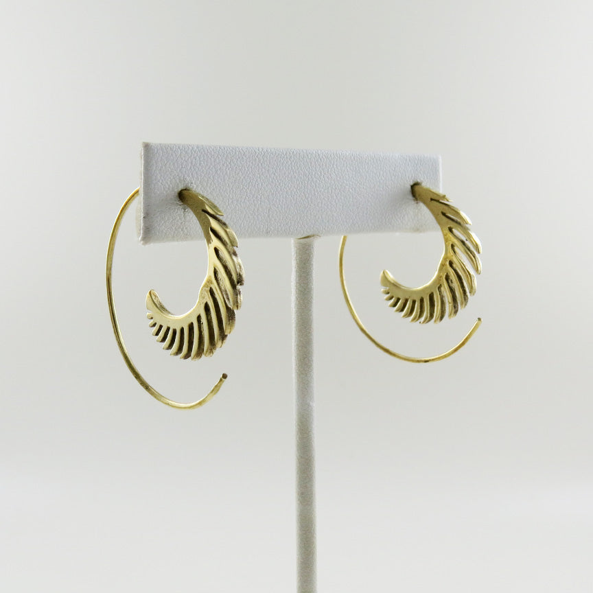 BRASS SPIRAL HOOP WITH SPIKEY FEATHER