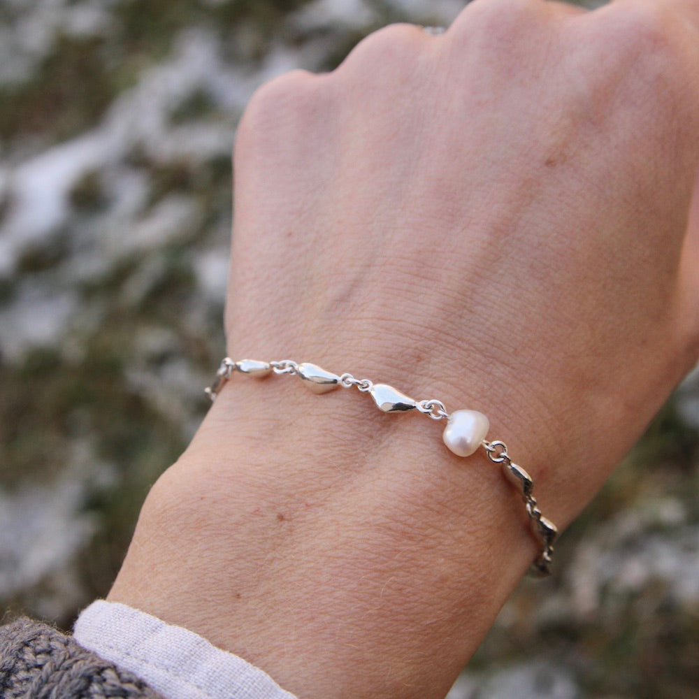 Sterling Silver and Pearl Nugget Link Bracelet