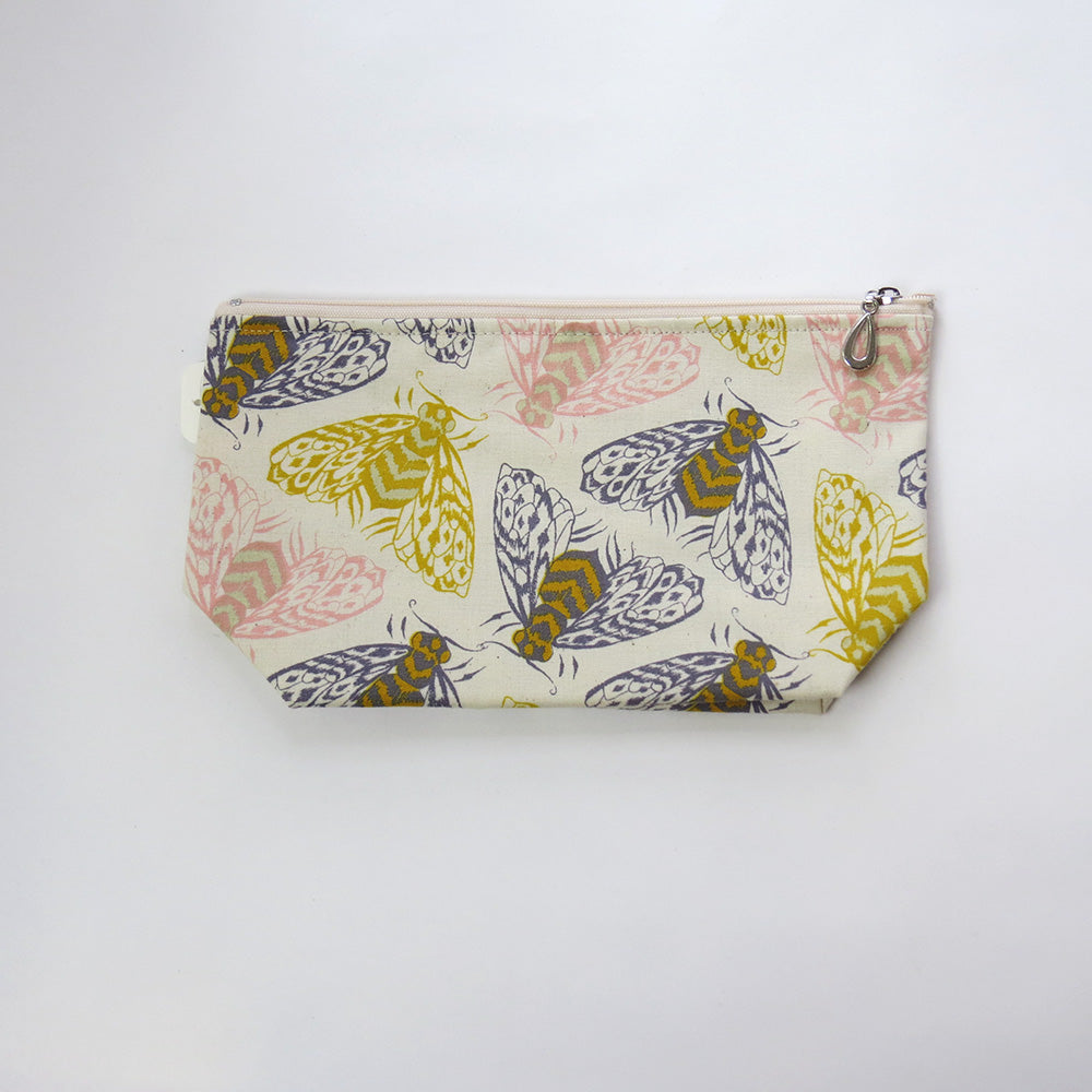 BEES MAKEUP BAG