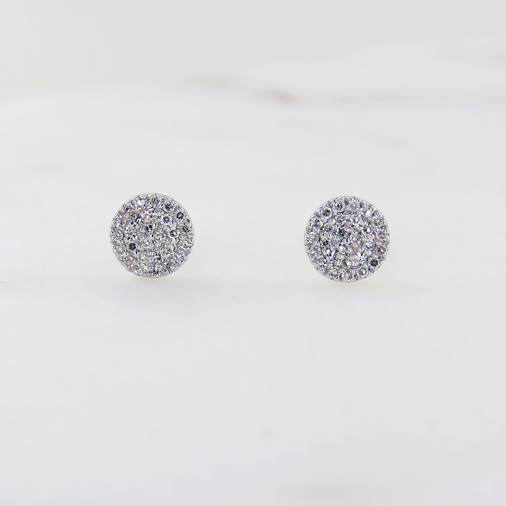 WHITE GOLD ROUND PAVE POST EAR