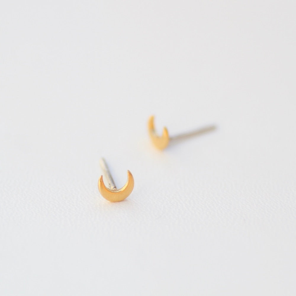 Tiny Crescent Moon Studs - Gold Plate.