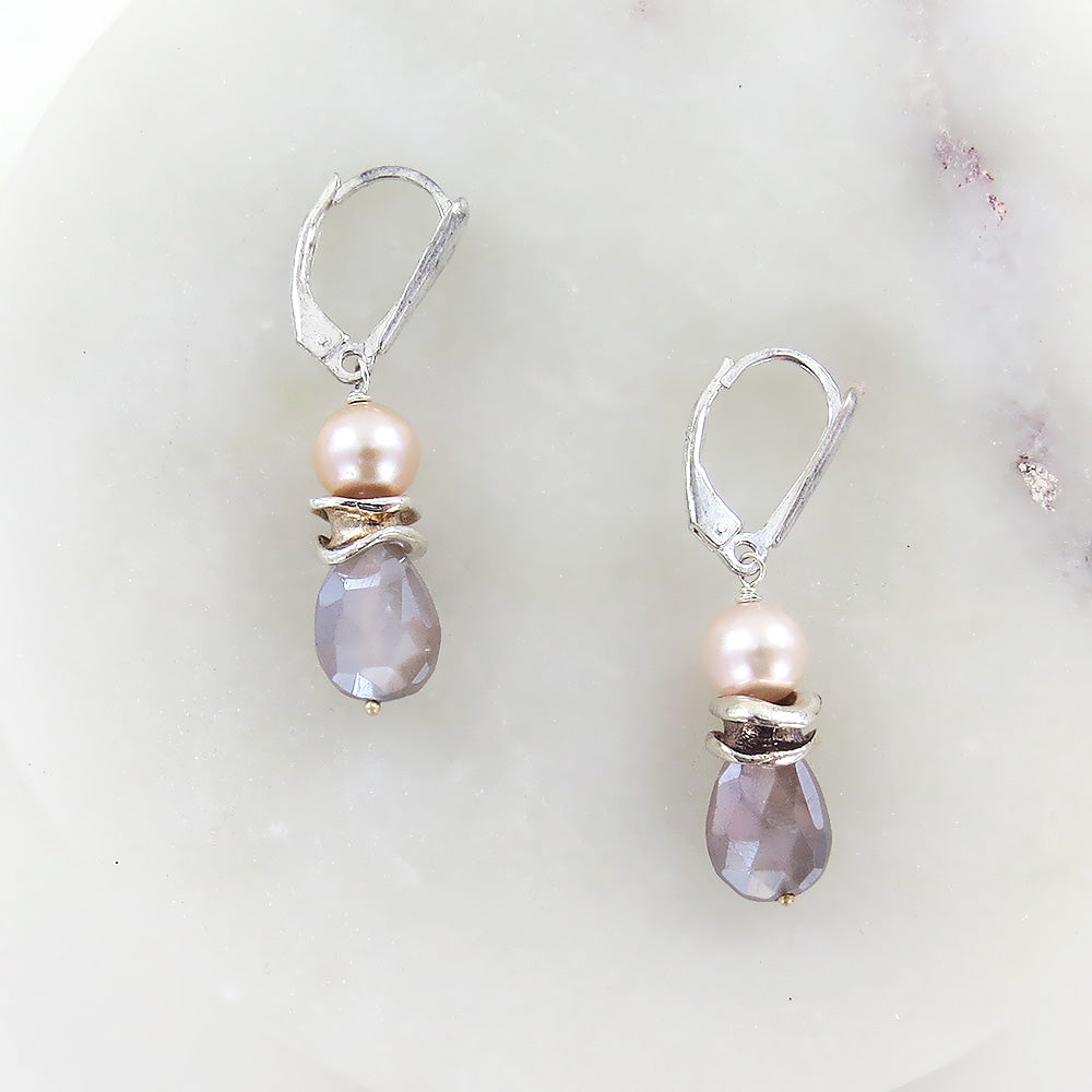 TWILIGHT PEARL AND MOONSTONE EARRING
