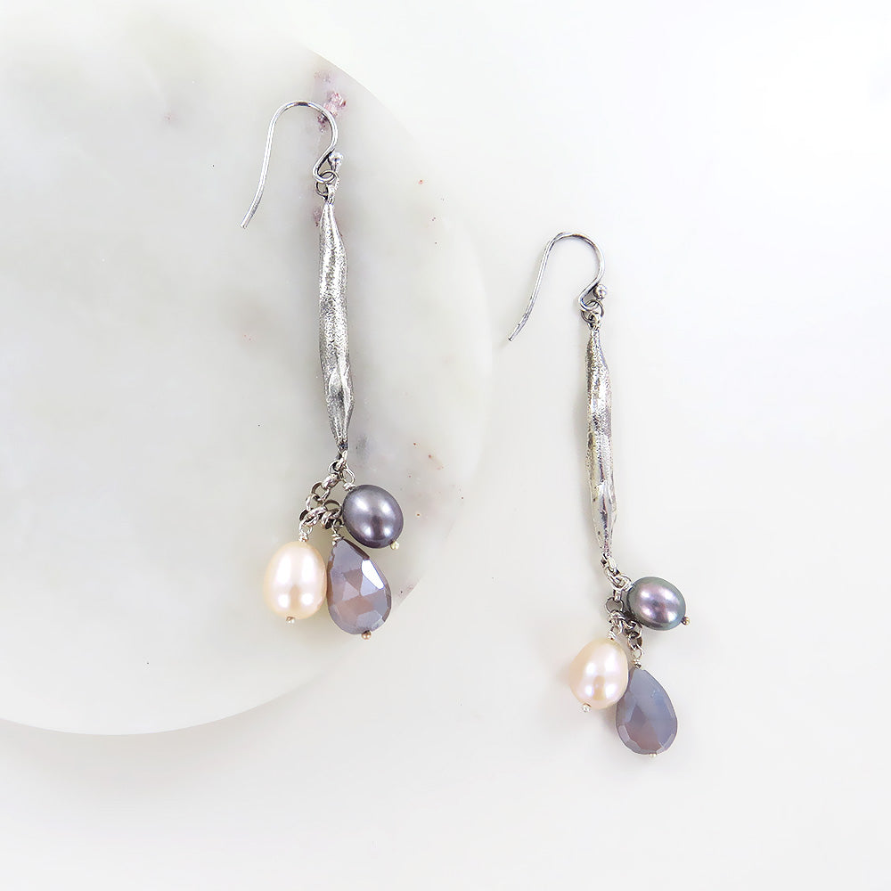 LONG TWILIGHT PEARL AND MOONSTONE EARRING