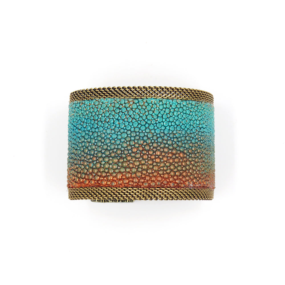 SHIMMER STINGRAY WIDE CUFF