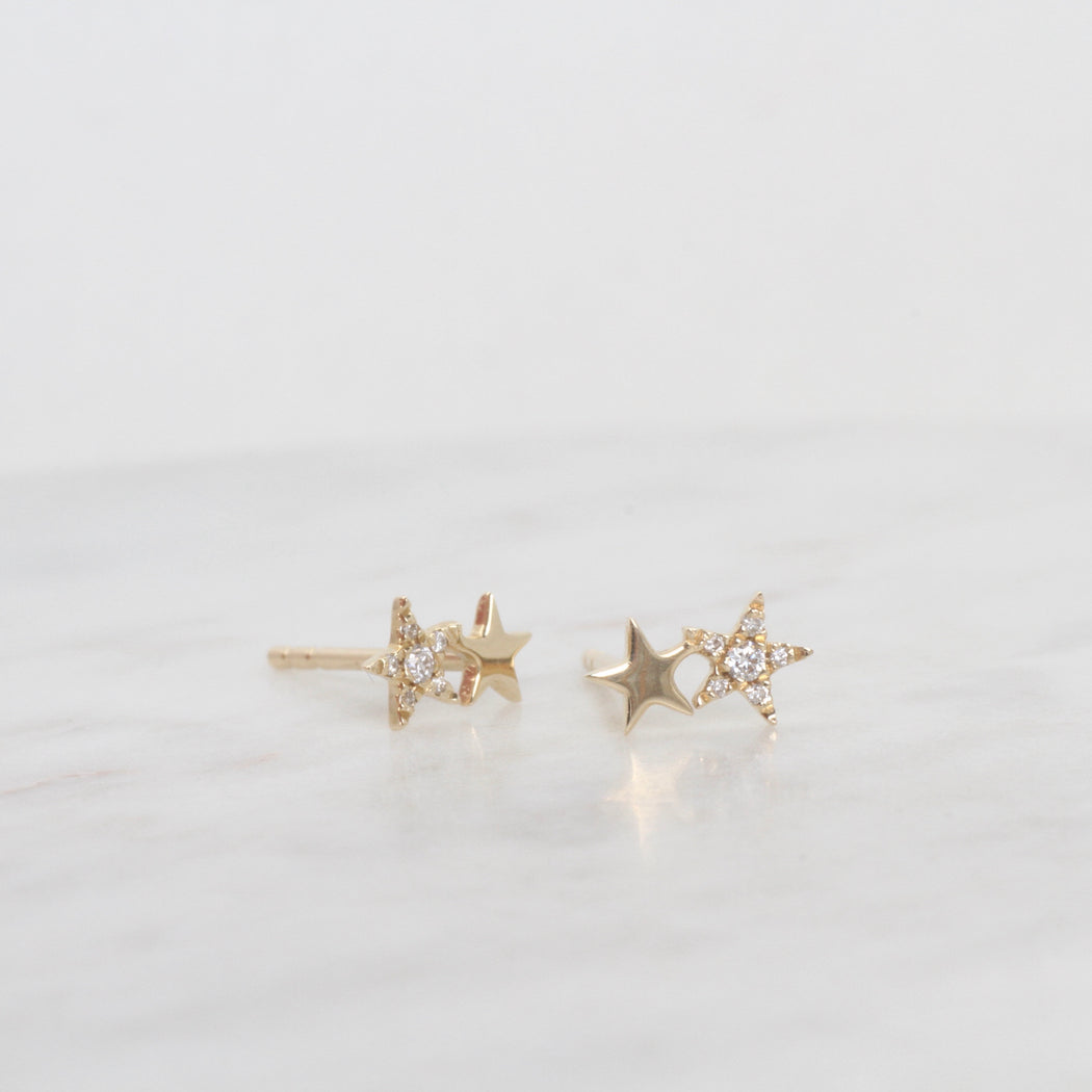14k Yellow Gold Pavé Diamond Petite Double Star Post Earring