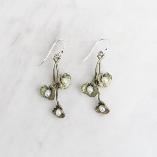 Trailing Licorice Wire Earring