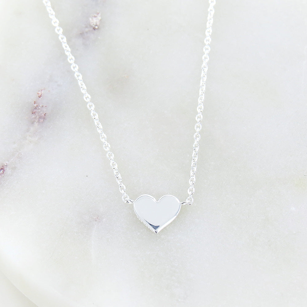 FLAT HEART SILVER NECKLACE