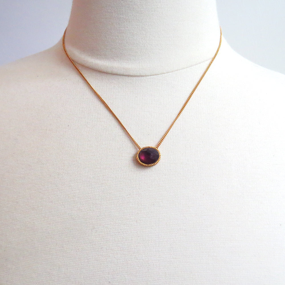 VERONA SOLITAIRE IRIDESCENT BORDEAUX NECKLACE