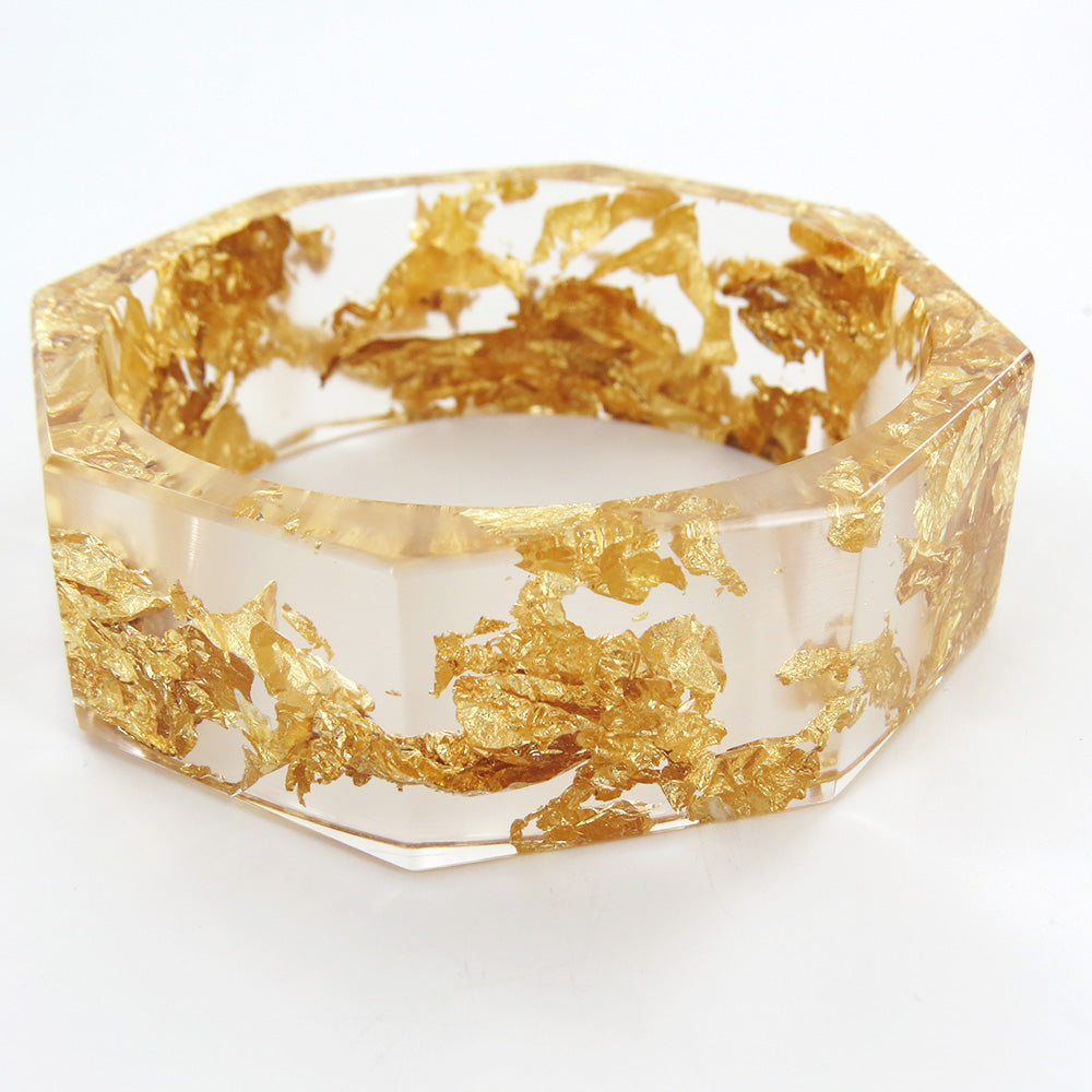 CLEAR OCTANGONAL BRACELET WITH GOLD LEAF RESIN