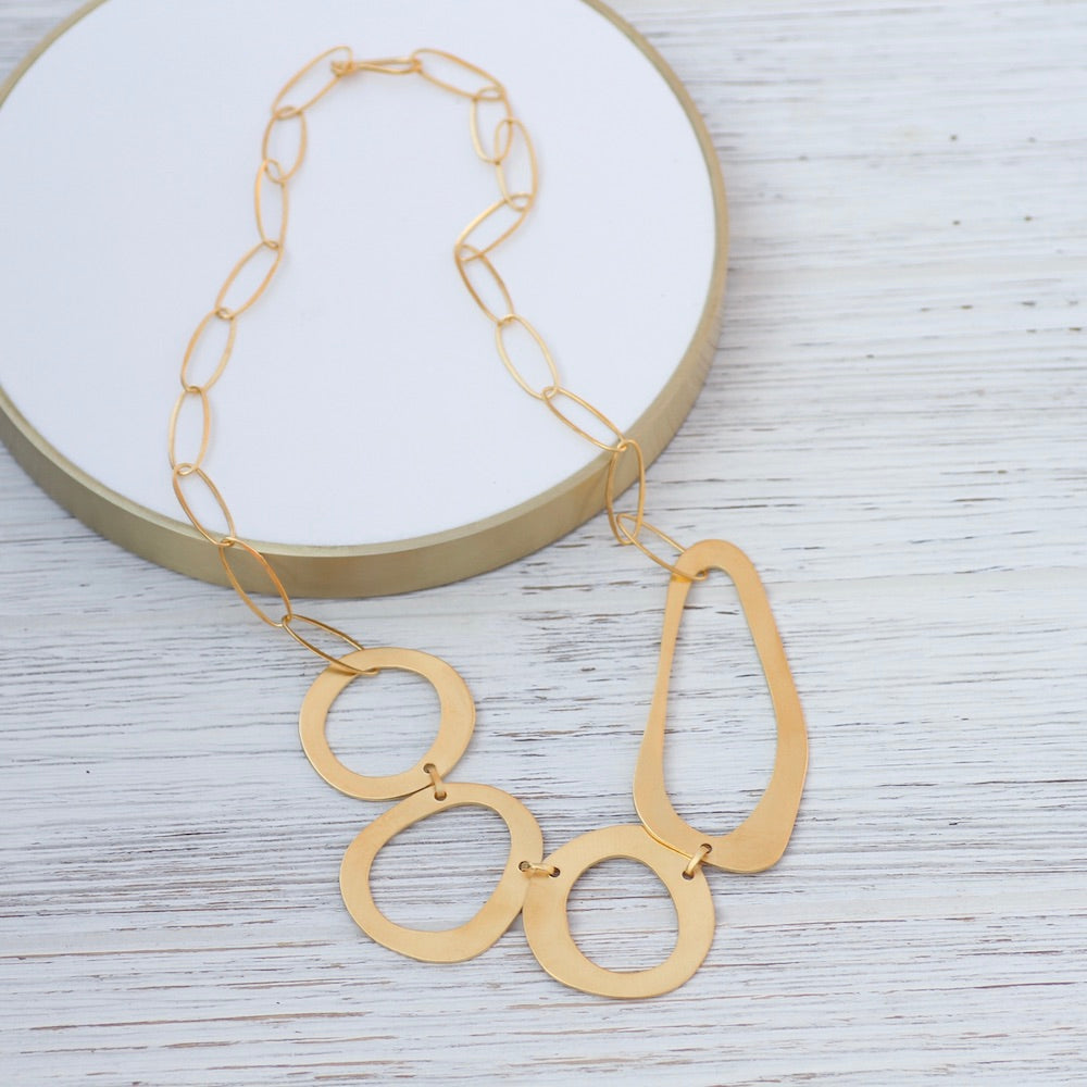 Asymmetrical Organic Rings Necklace - Gold Plated